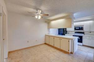 310 Live Oak Lane, Boynton Beach, FL 33436