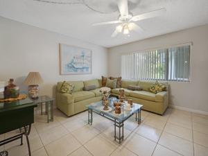 3400 Springdale Boulevard, Palm Springs, FL 33461