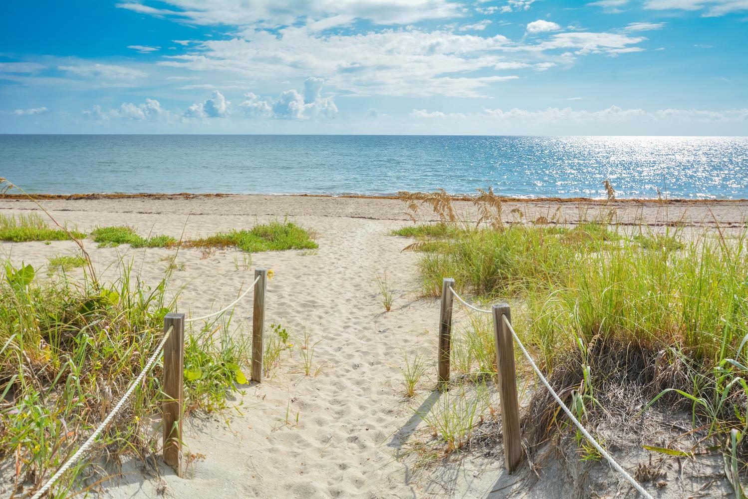 2760 S Ocean Boulevard, Palm Beach, FL 33480
