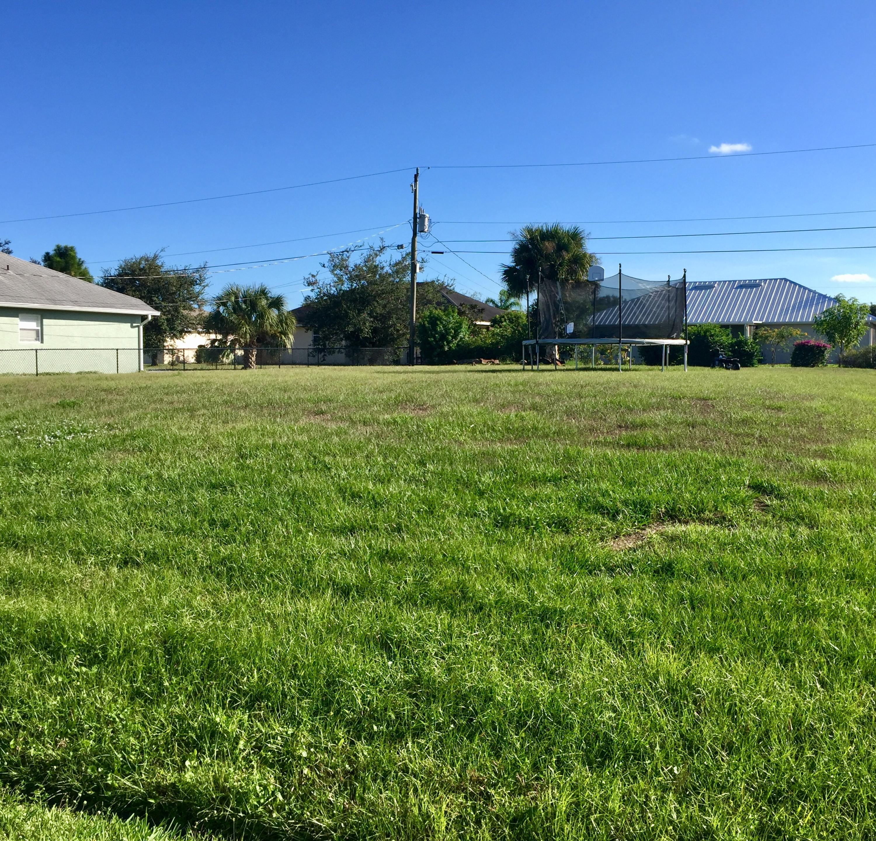 000 Sw Mccoy Avenue, Port Saint Lucie, FL 34953