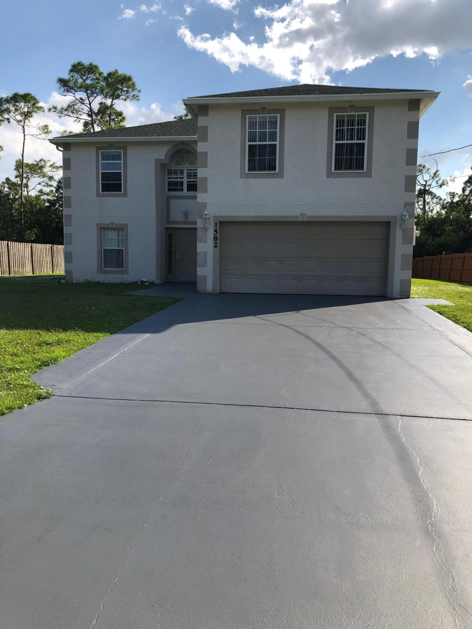 1582 Sw Bermel Avenue, Port Saint Lucie, FL 34953