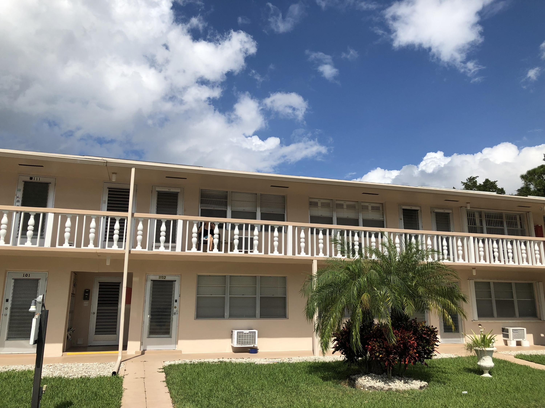 142 Northampton, West Palm Beach, FL 33417