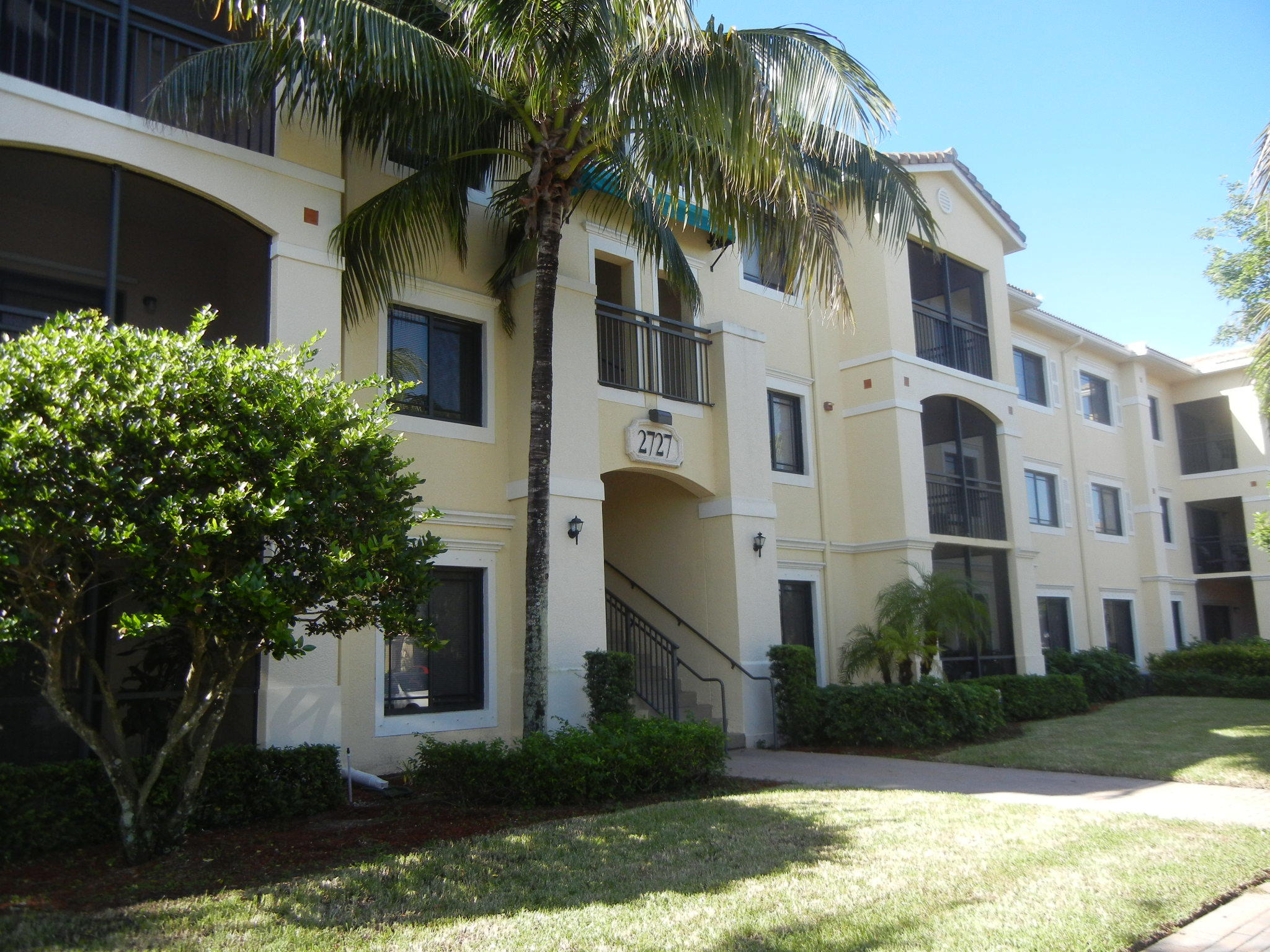 2727 Anzio Court, Palm Beach Gardens, FL 33410