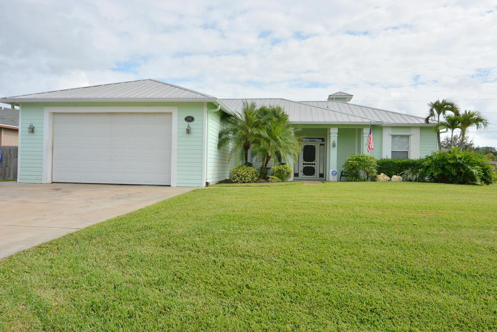 3157 Sw Fambrough Street, Port Saint Lucie, FL 34953