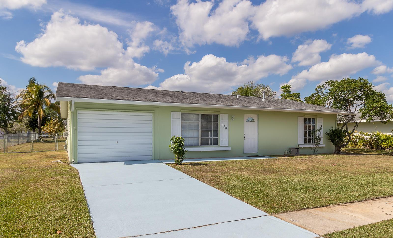 838 Sw Goodrich Street, Port Saint Lucie, FL 34953