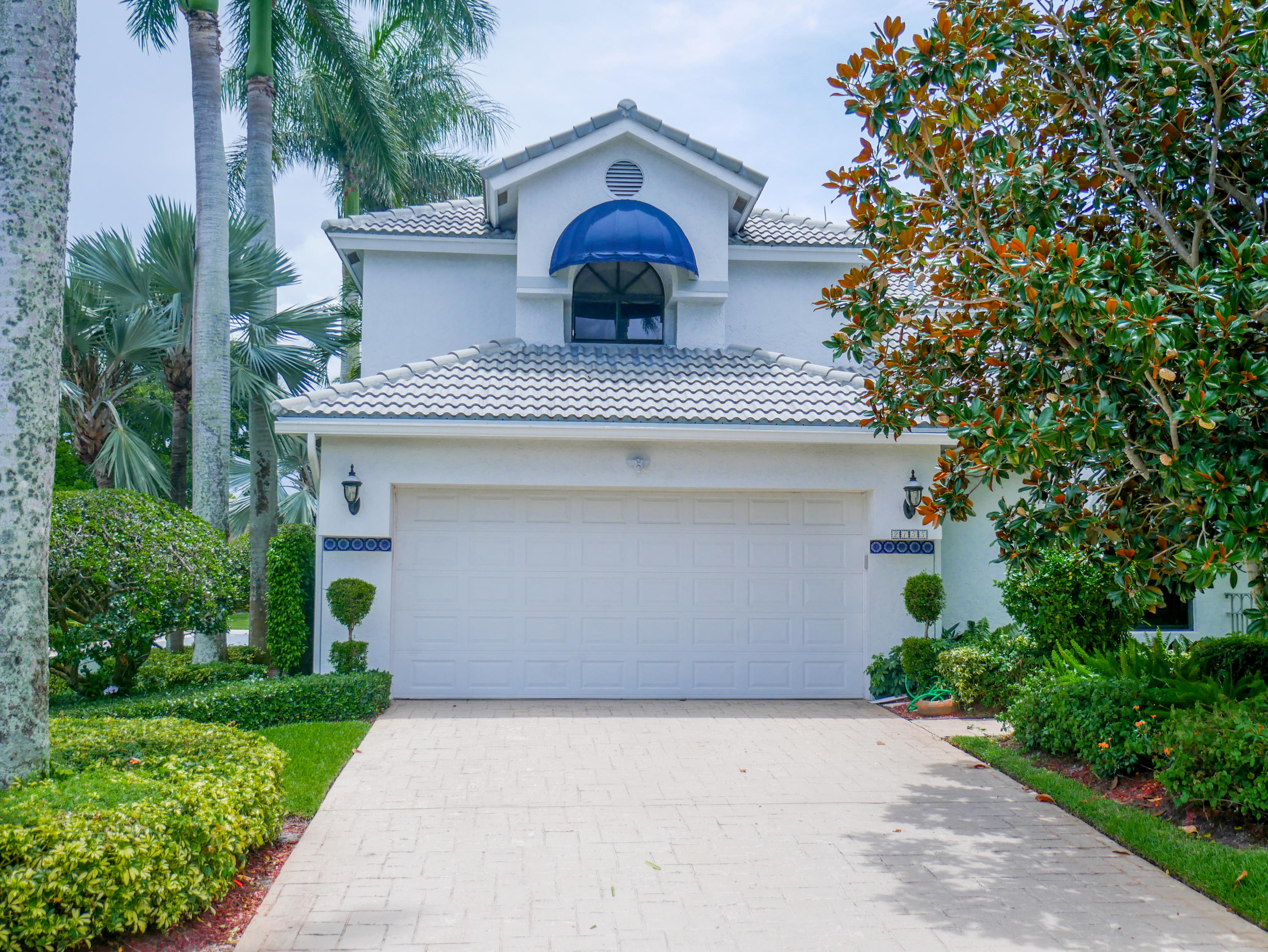 2155 Nw 60th Circle, Boca Raton, FL 33496