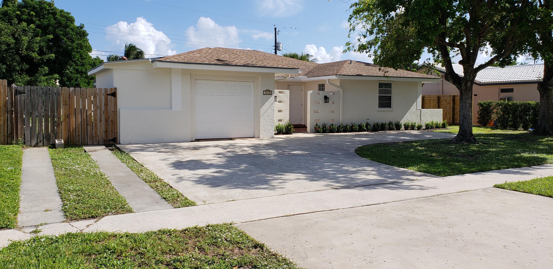 2270 Ne 2nd W Avenue, Boca Raton, FL 33431
