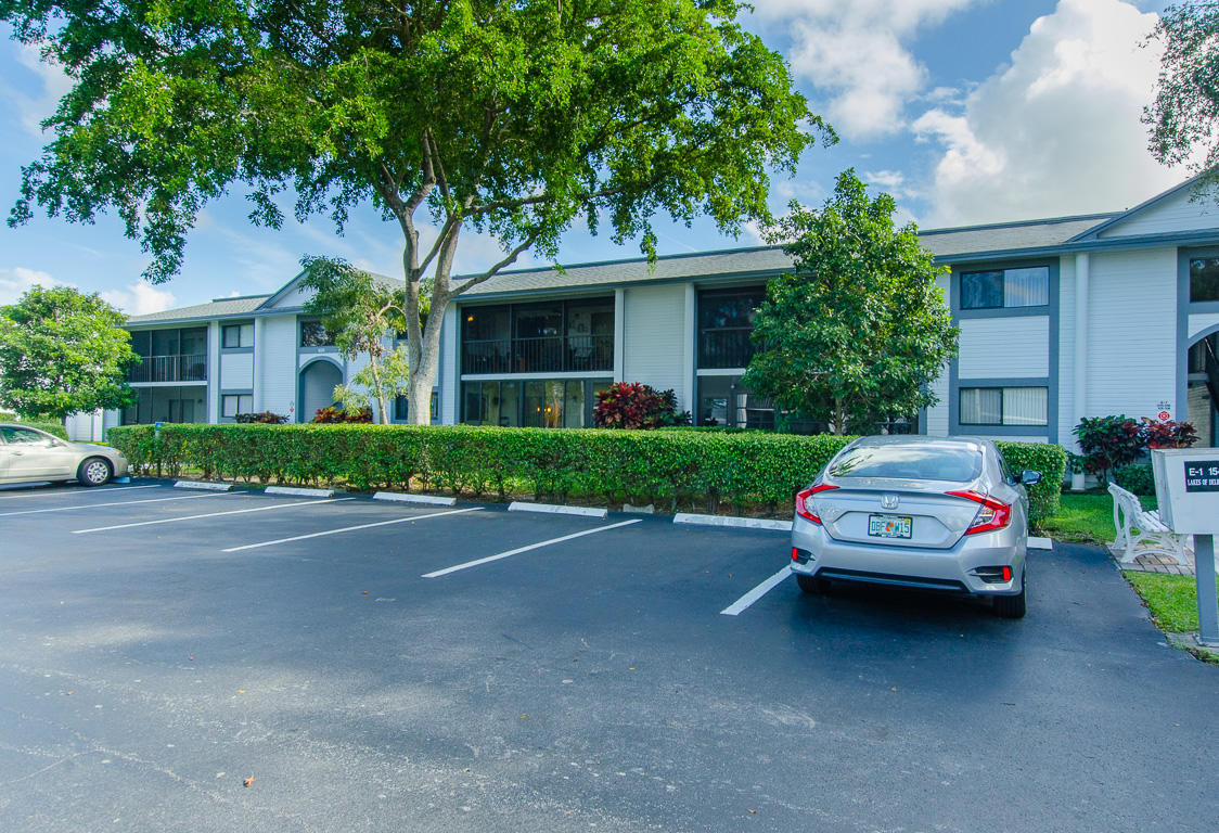15453 Lakes Of Delray Boulevard, Delray Beach, FL 33484