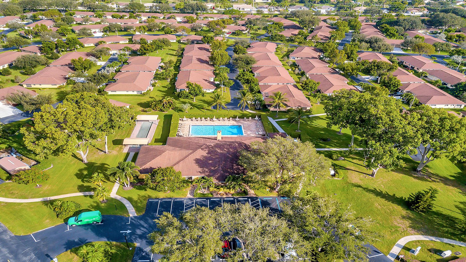 9935 Papaya Tree Trail, Boynton Beach, FL 33436