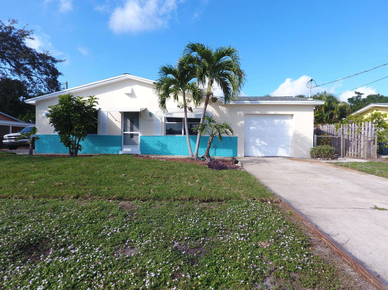 1568 Ne Sottong Road, Jensen Beach, FL 34957