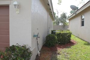 1804 Sw Jamesport Drive, Port Saint Lucie, FL 34953