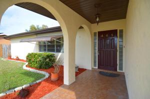 441 Se Asbury Lane, Port Saint Lucie, FL 34983