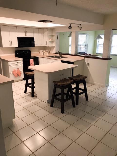 2432 Oak Drive, Hutchinson Island, FL 34949
