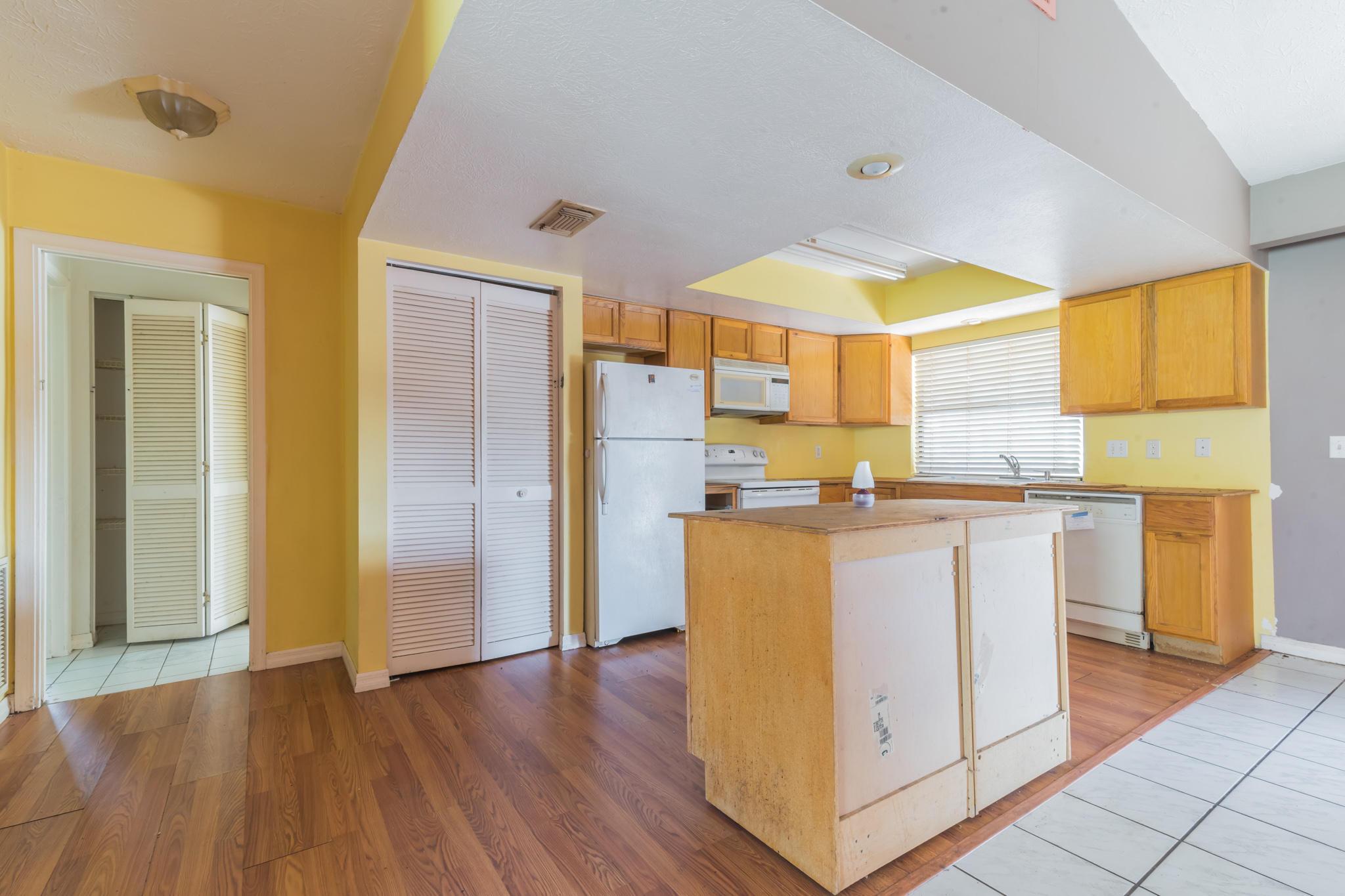2049 Sw Tropical Terrace, Port Saint Lucie, FL 34953