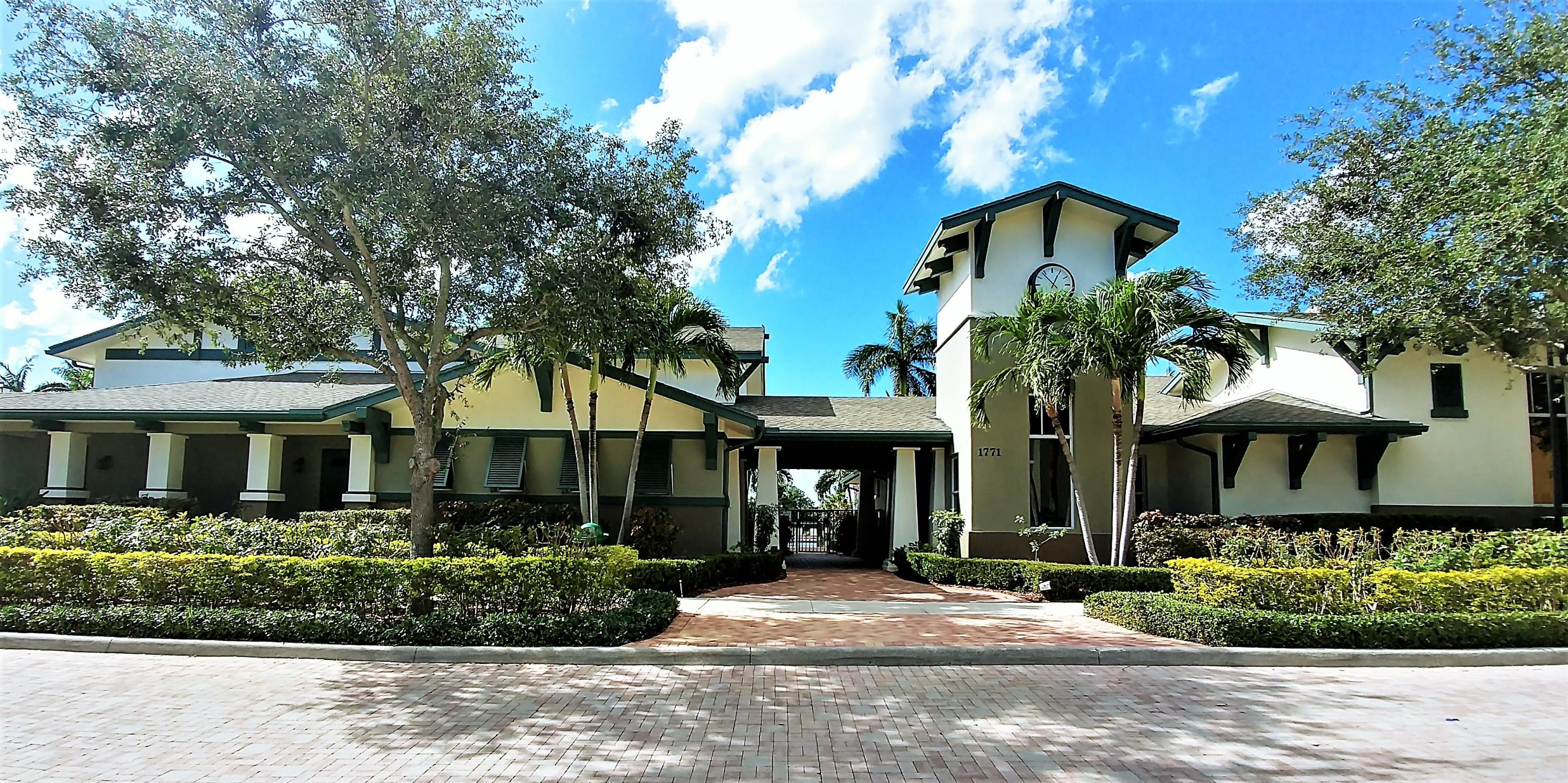 881 Marina Del Ray Lane, West Palm Beach, FL 33401
