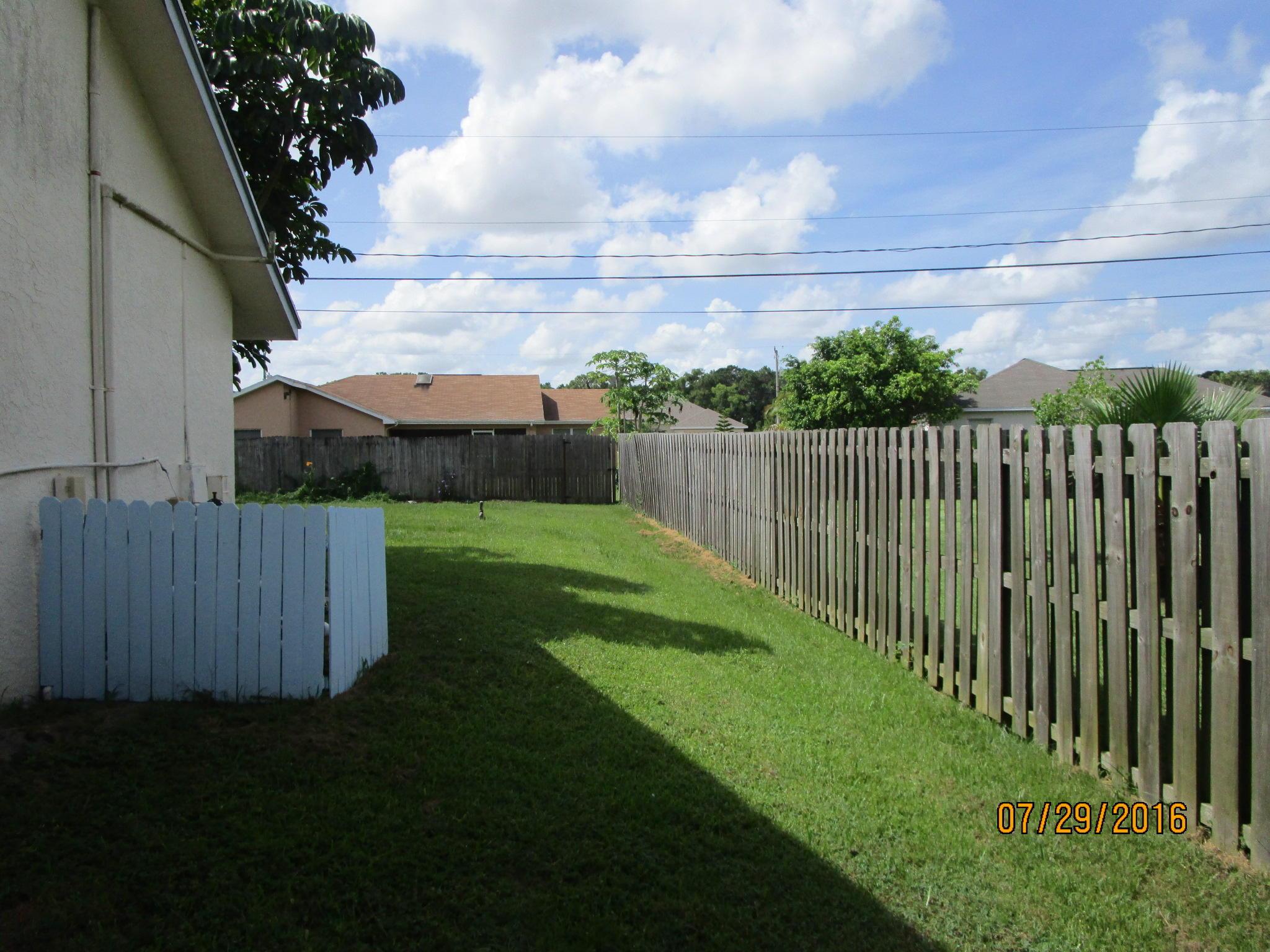 5125 Nw Egret Avenue, Port Saint Lucie, FL 34983