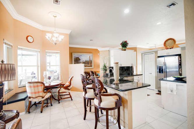 5609 Lake Shore Village Circle, Lake Worth, FL 33463