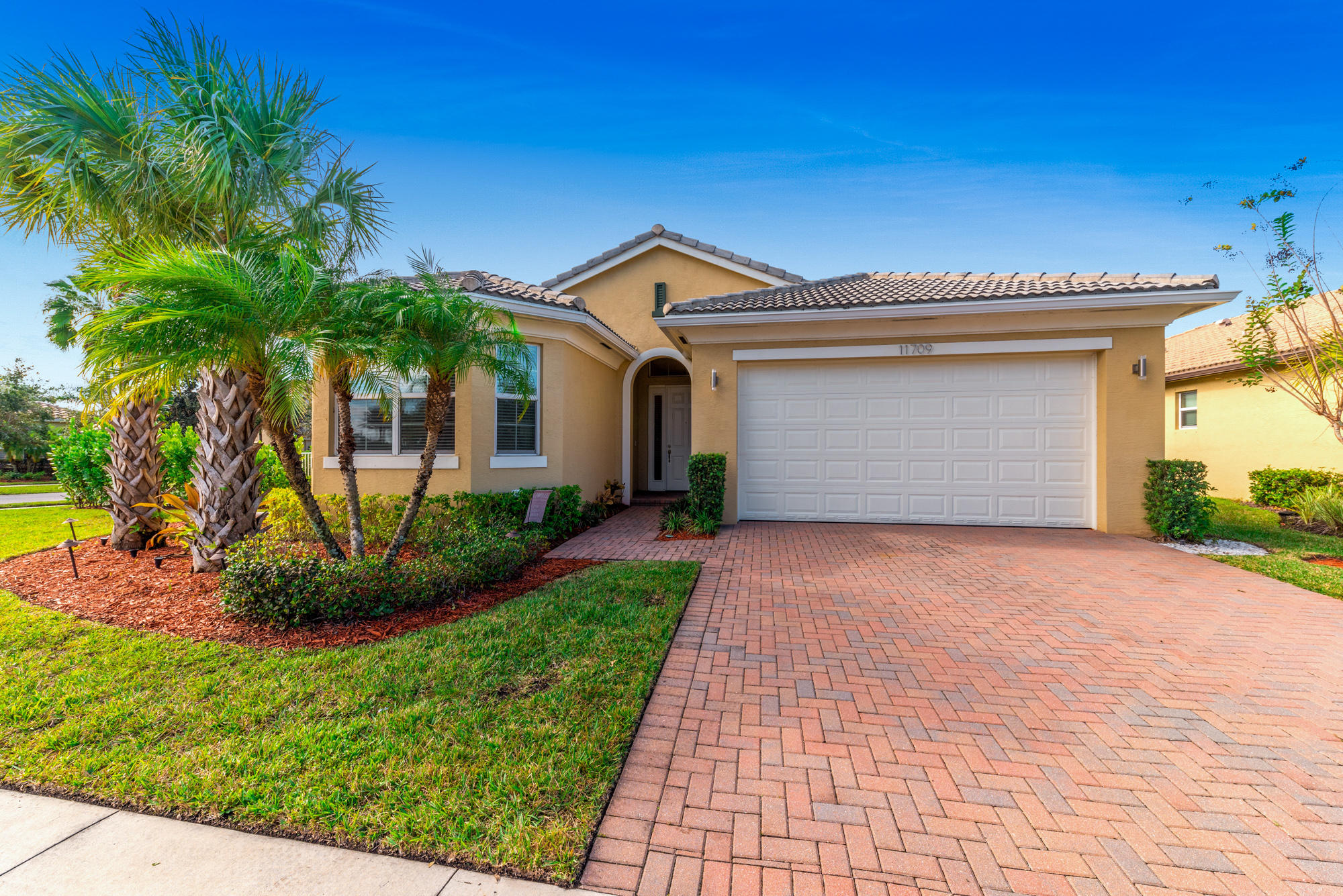 11709 Sw Bennington Circle, Port Saint Lucie, FL 34987
