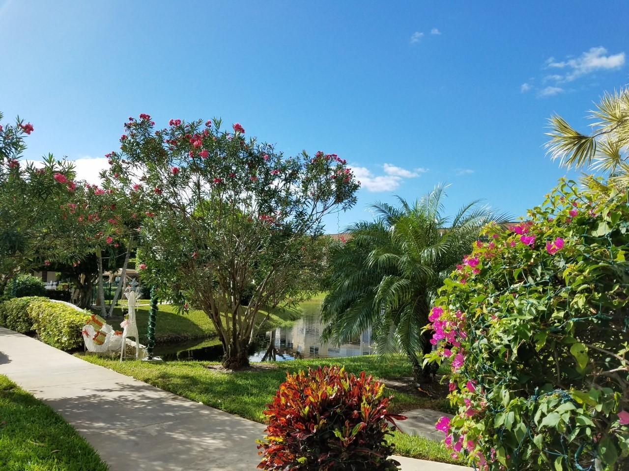 4700 Nw 35th Street, Lauderdale Lakes, FL 33319