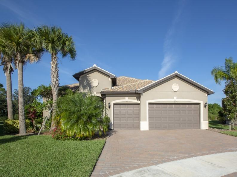 5375 Antigua Circle, Vero Beach, FL 32967