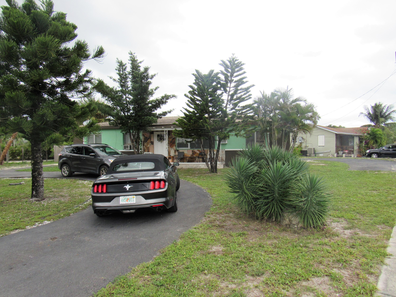3236 Gulfstream Road, Palm Springs, FL 33461