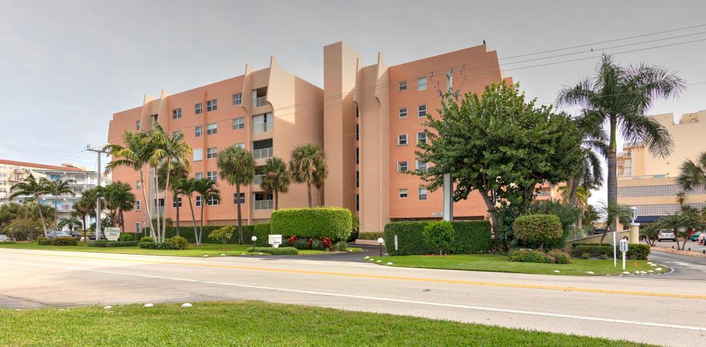 3520 S Ocean Boulevard, South Palm Beach, FL 33480