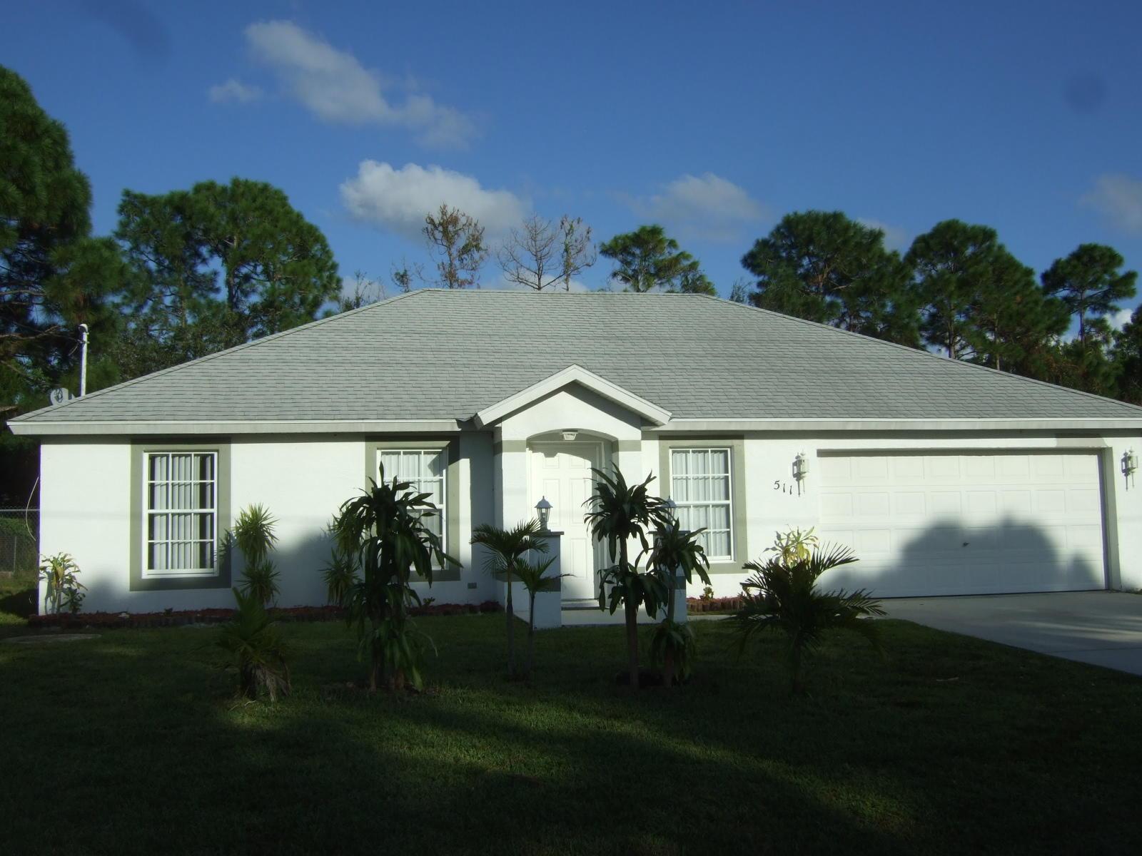 511 Nw Selvitz Road, Port Saint Lucie, FL 34983