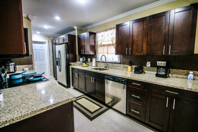 349 Nw Camrose Street, Port Saint Lucie, FL 34983