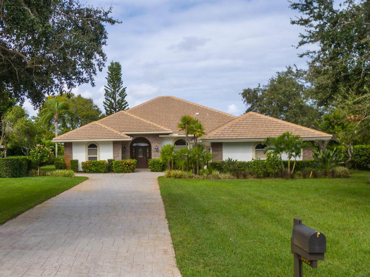 6395 Se Oakmont Place, Stuart, FL 34997