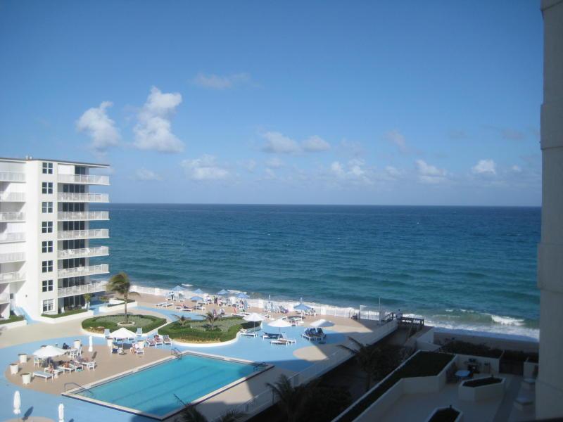 3560 S Ocean Boulevard, South Palm Beach, FL 33480