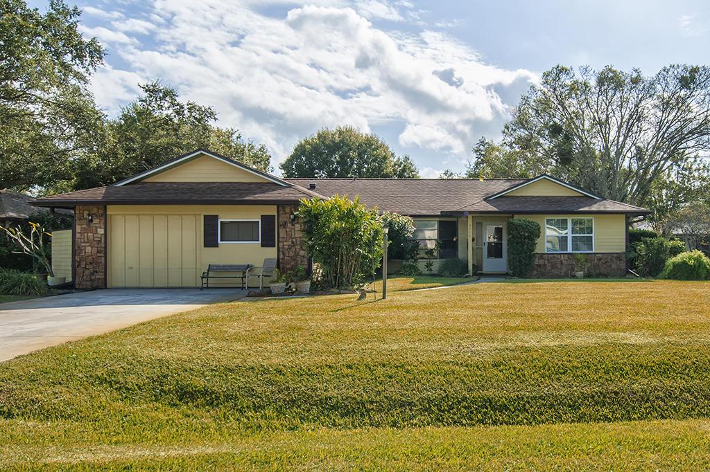 5712 Paleo Pines Circle, Fort Pierce, FL 34951
