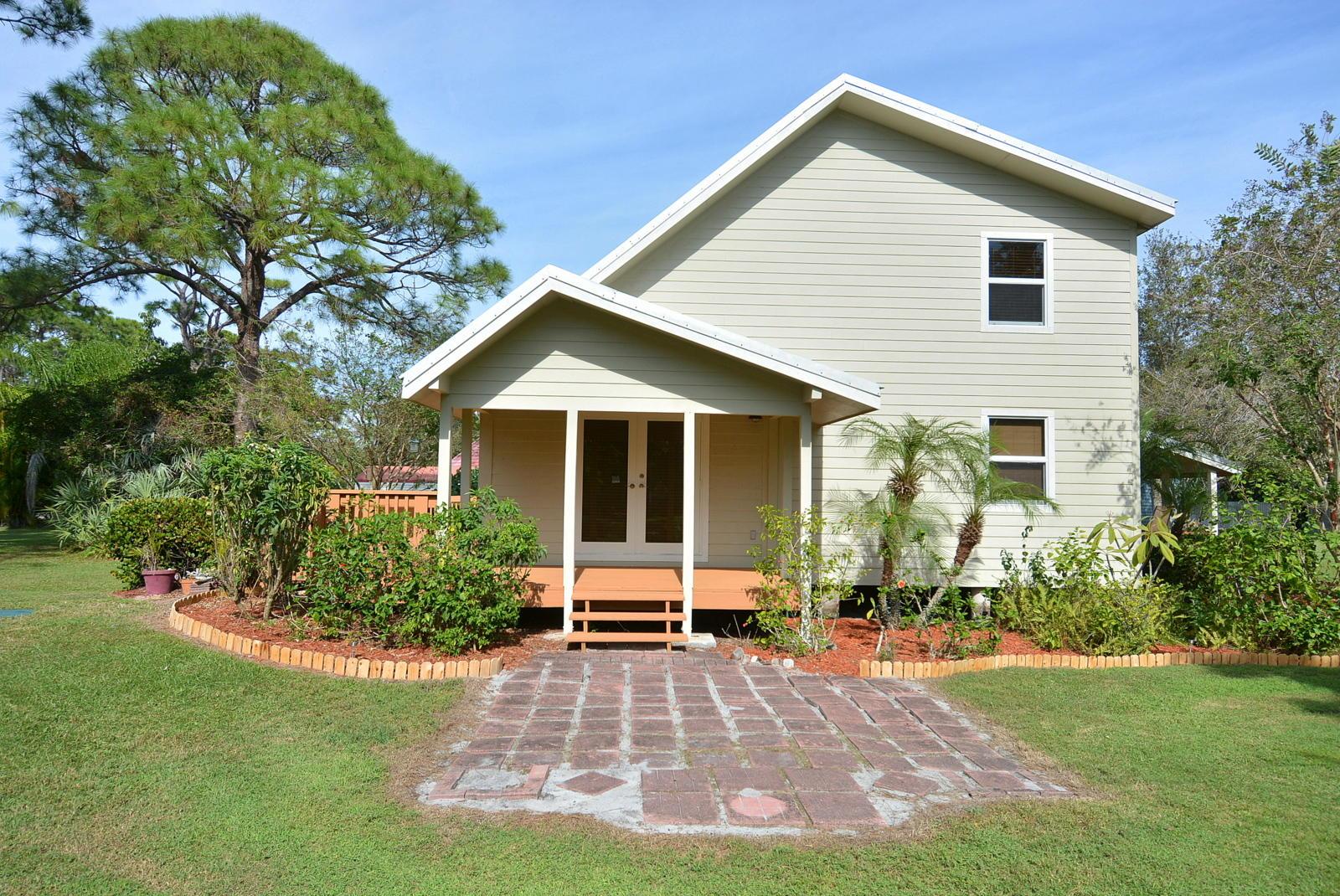 5500 Spruce Drive, Fort Pierce, FL 34982