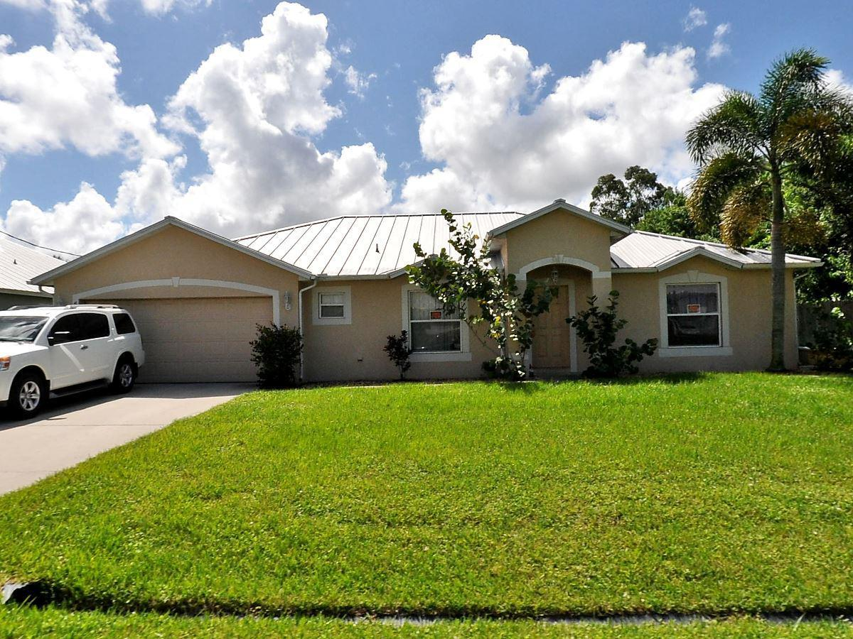 568 Sw Ryan Avenue, Port Saint Lucie, FL 34953