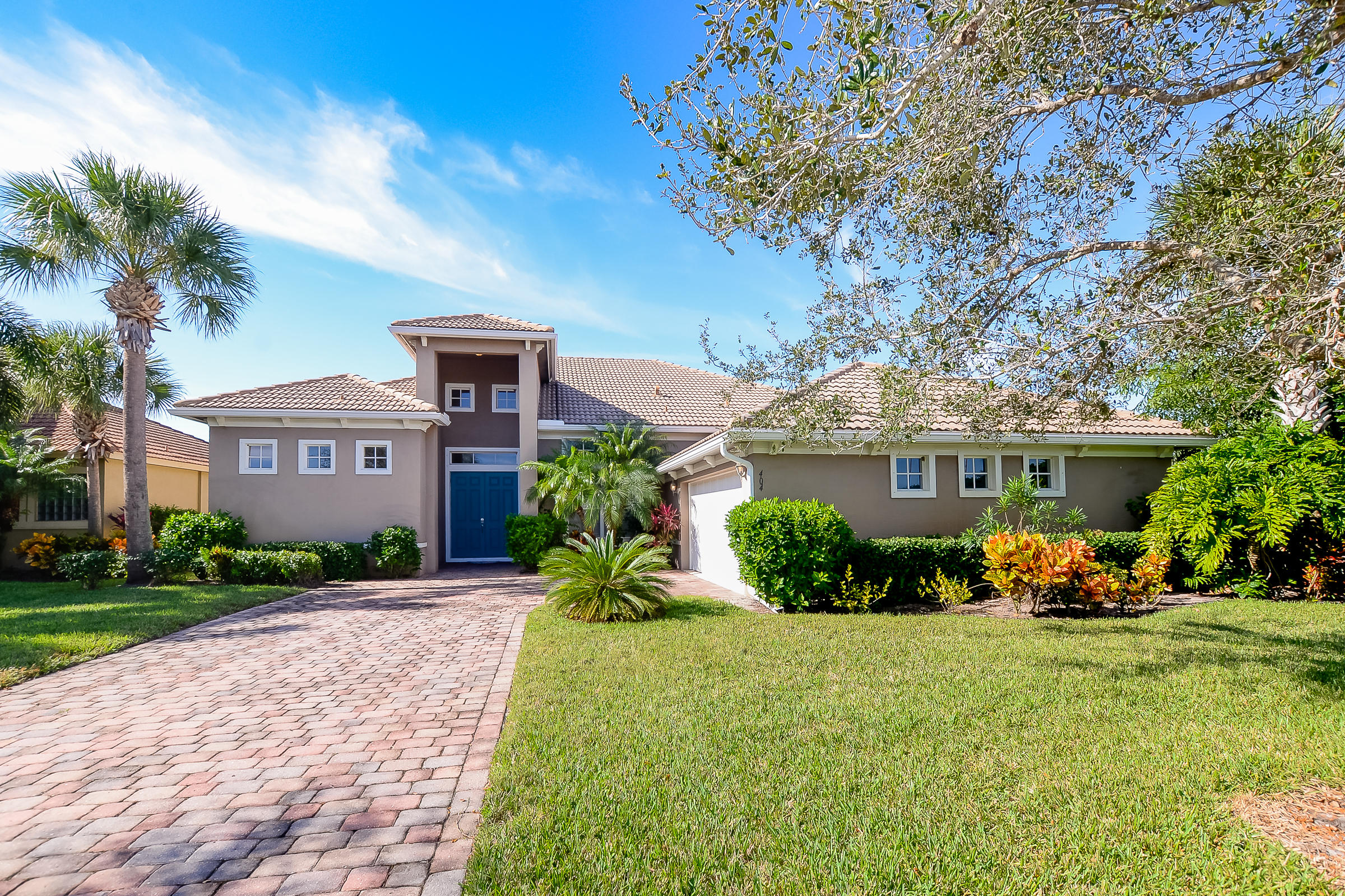 404 Nw Canterbury Court, Port Saint Lucie, FL 34983