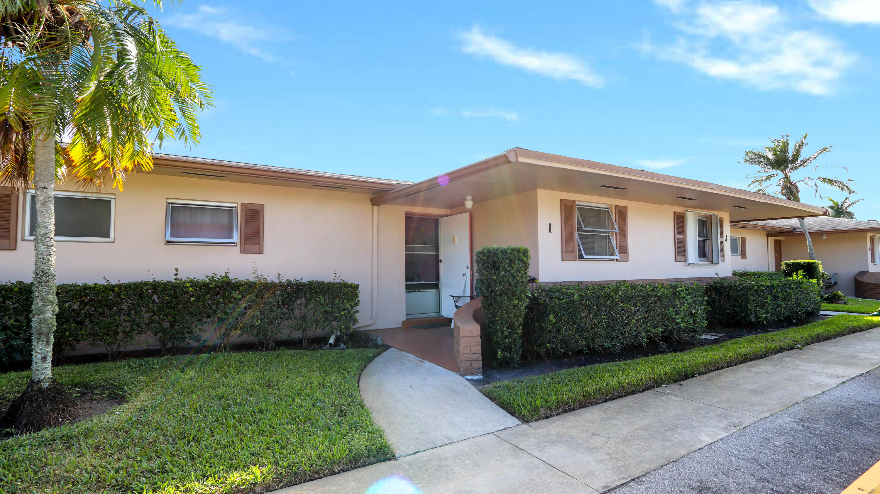 2545 Dudley W Drive, West Palm Beach, FL 33415