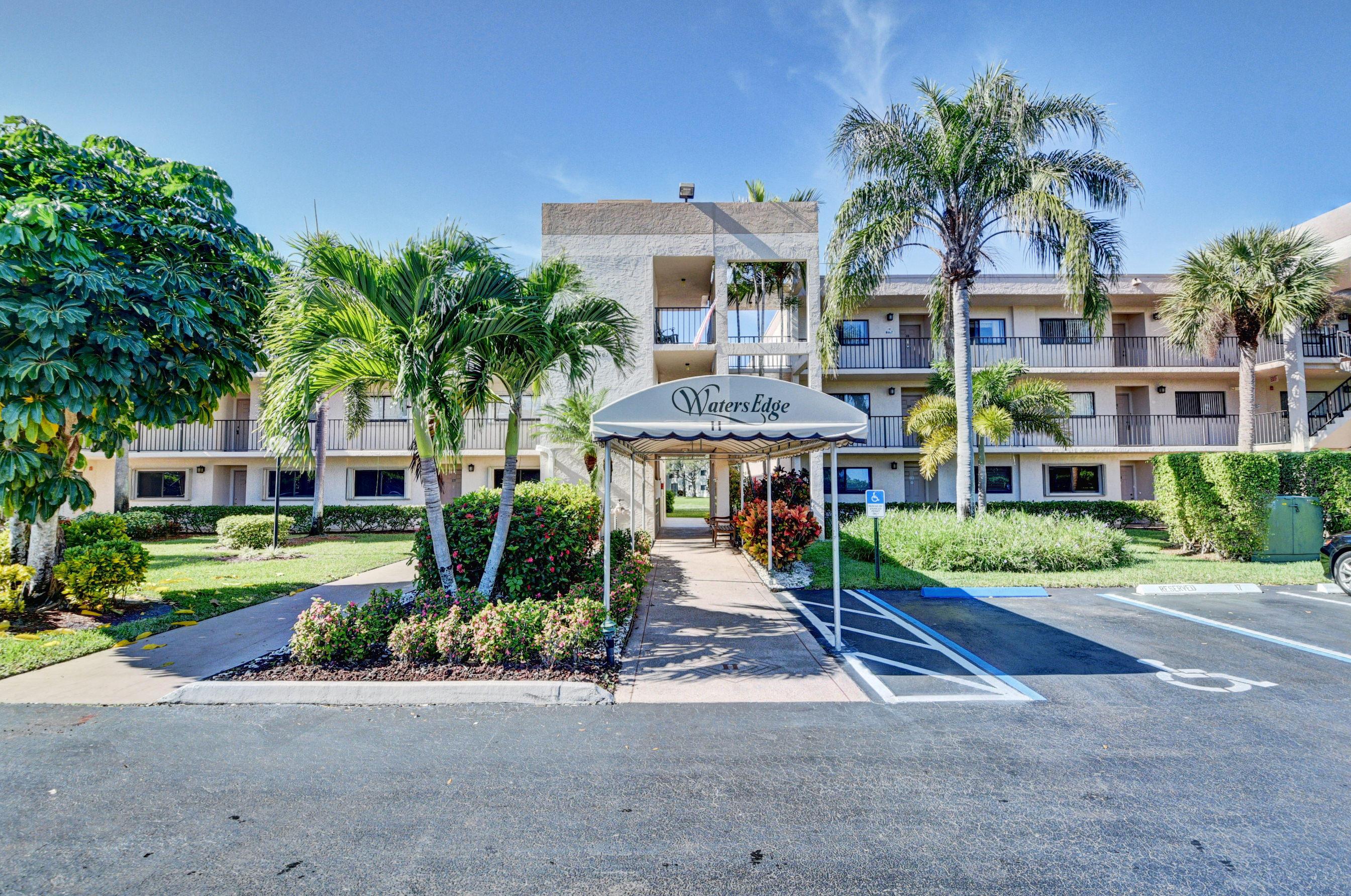 15461 Pembridge Drive, Delray Beach, FL 33484