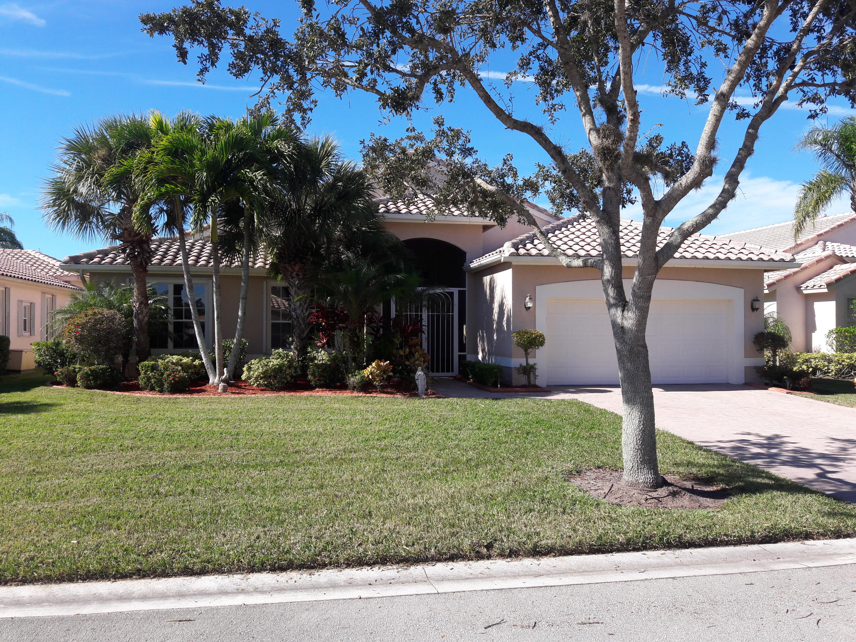 425 Nw Coolwater Court, Saint Lucie West, FL 34986