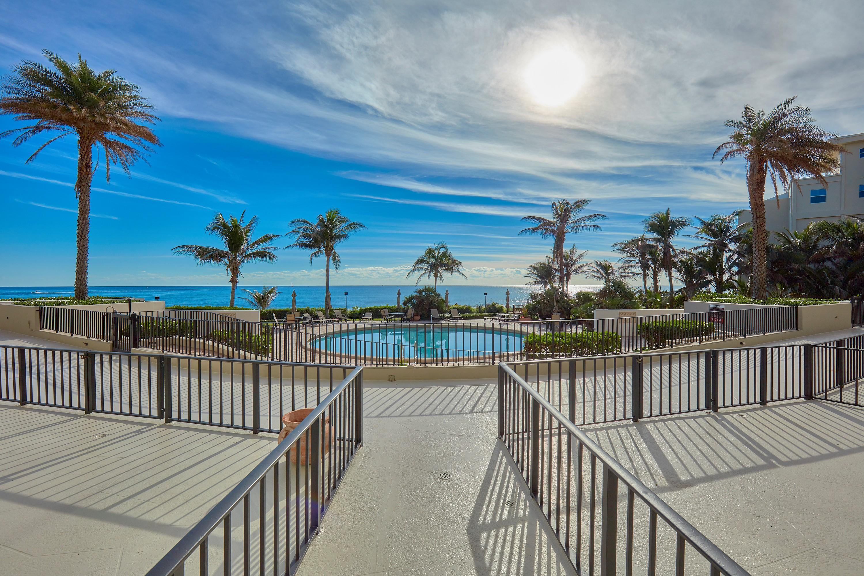 6885 N Ocean Boulevard, Ocean Ridge, FL 33435