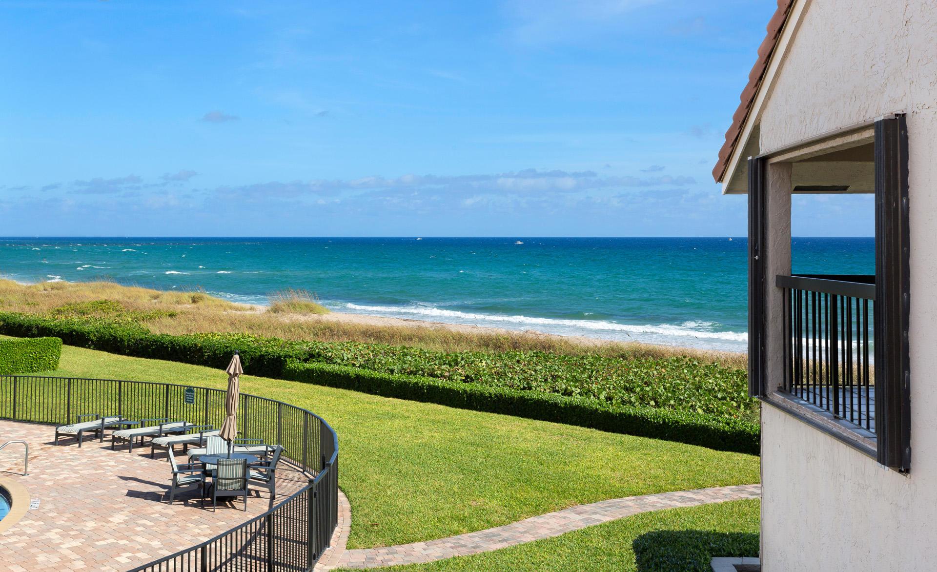 6711 N Ocean Boulevard, Ocean Ridge, FL 33435