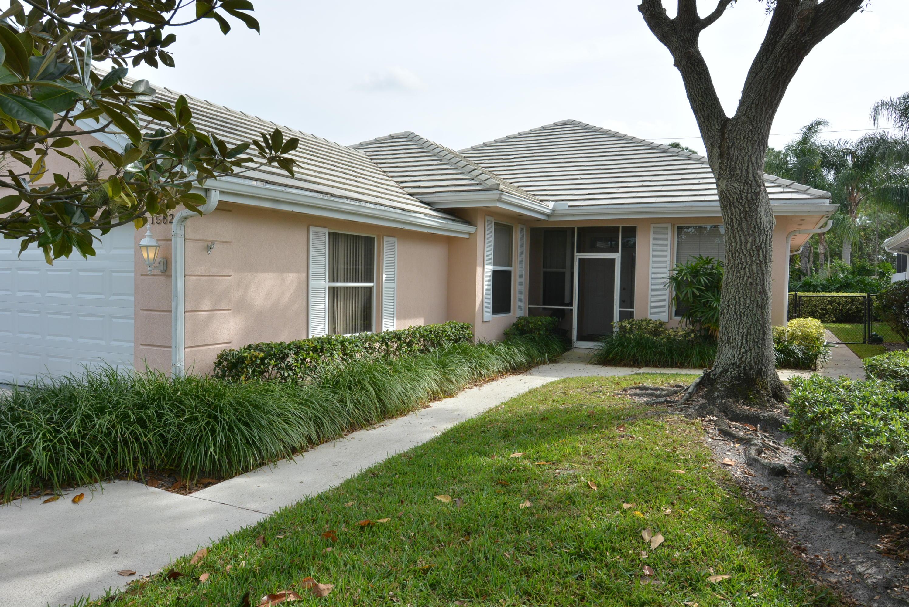 1562 Nw Amherst Drive, Saint Lucie West, FL 34986