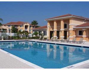 261 Sw Palm Drive, Port Saint Lucie, FL 34986