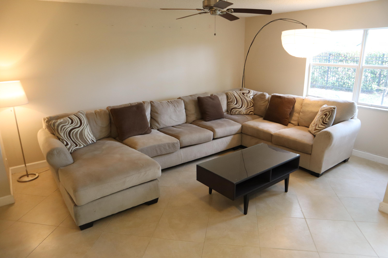 1067 Imperial Lake Road, West Palm Beach, FL 33413