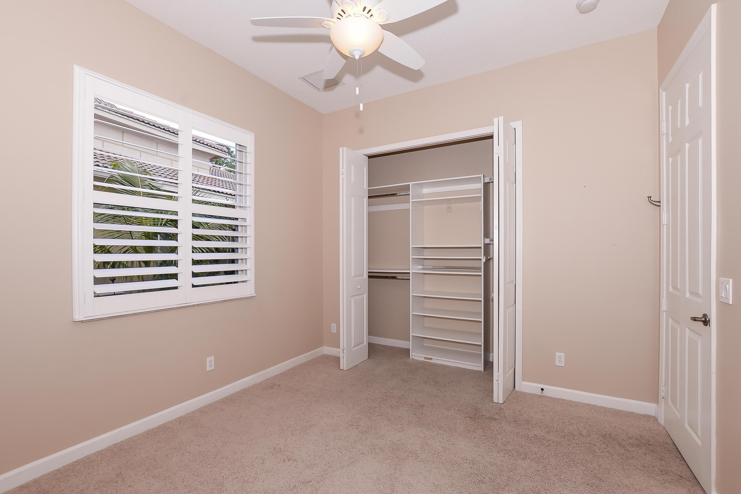 7104 Maidstone Drive, Port Saint Lucie, FL 34986