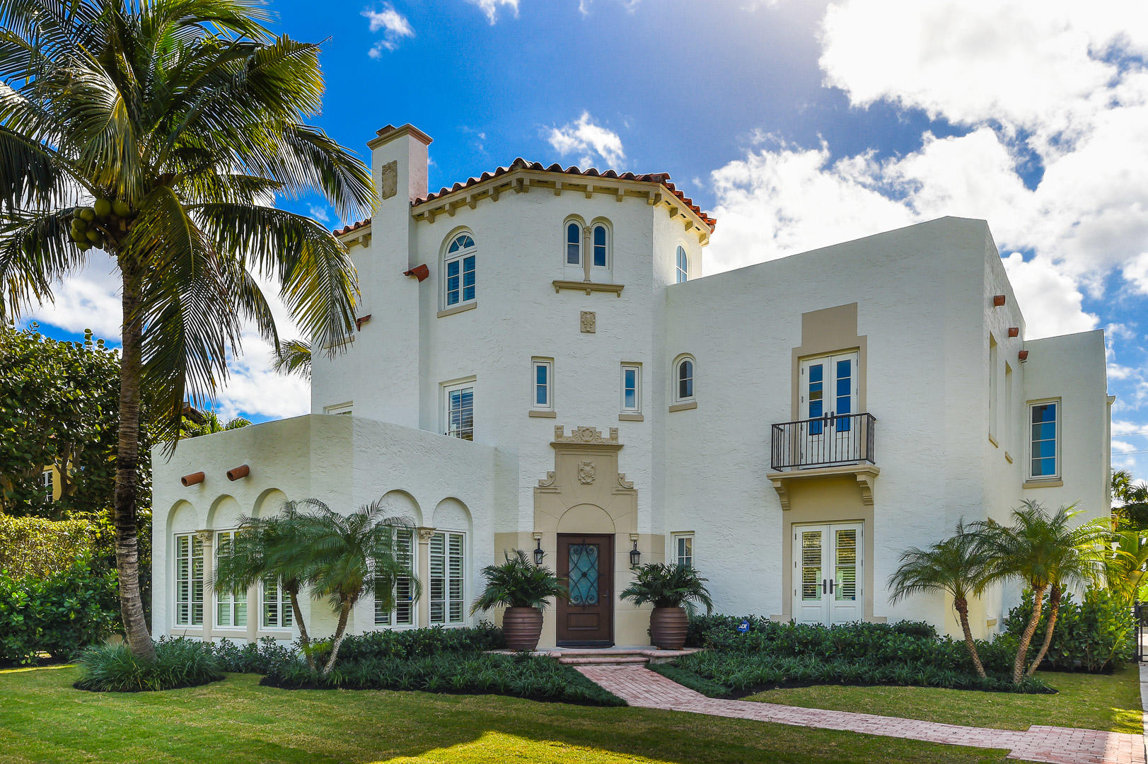 130 Brazilian Avenue, Palm Beach, FL 33480