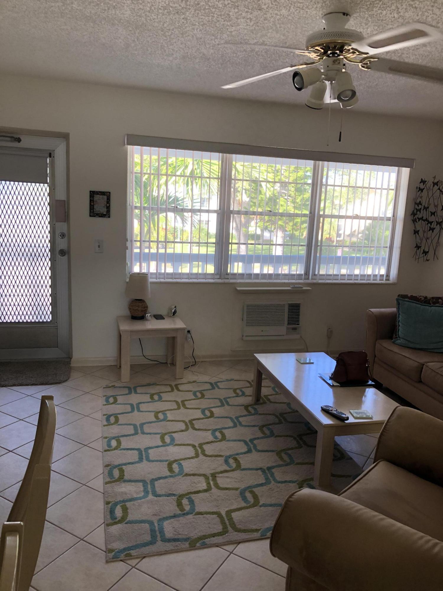 236 Northampton L, West Palm Beach, FL 33417