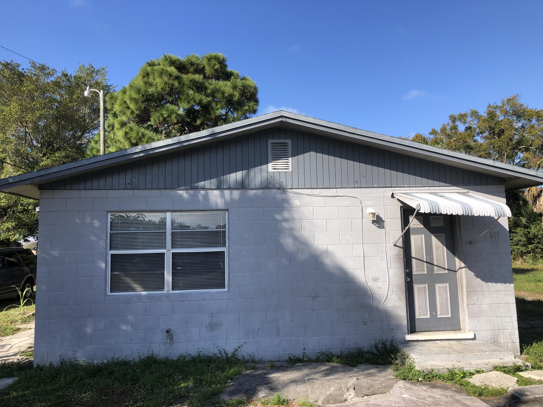 511 N 19th Street, Fort Pierce, FL 34950
