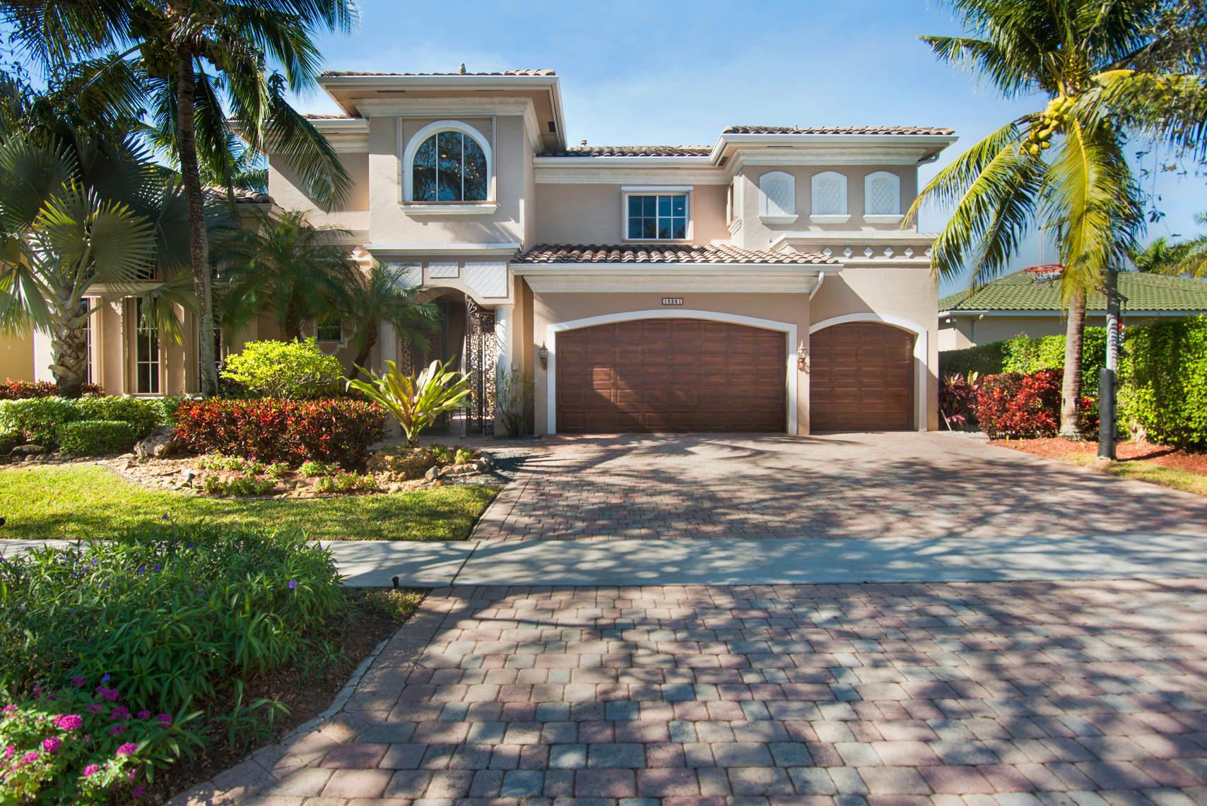 16281 Via Venetia E, Delray Beach, FL 33484