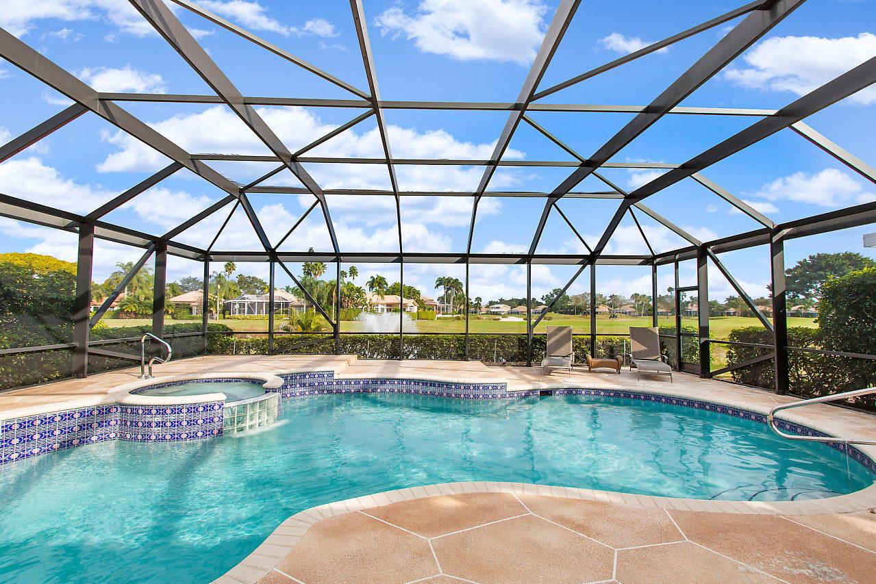 8304 Heritage Club Drive, West Palm Beach, FL 33412