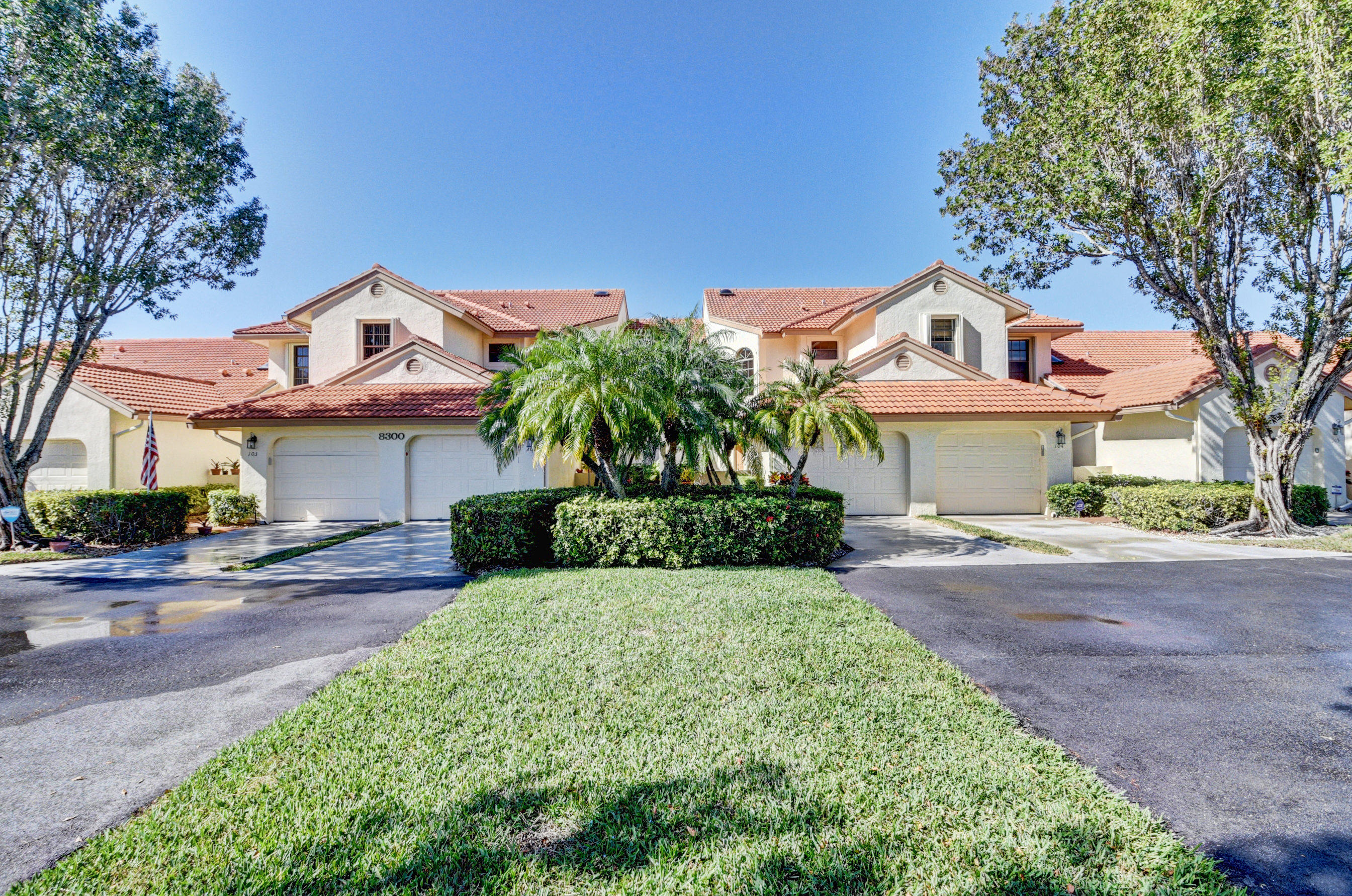 8300 Waterline Drive, Boynton Beach, FL 33472