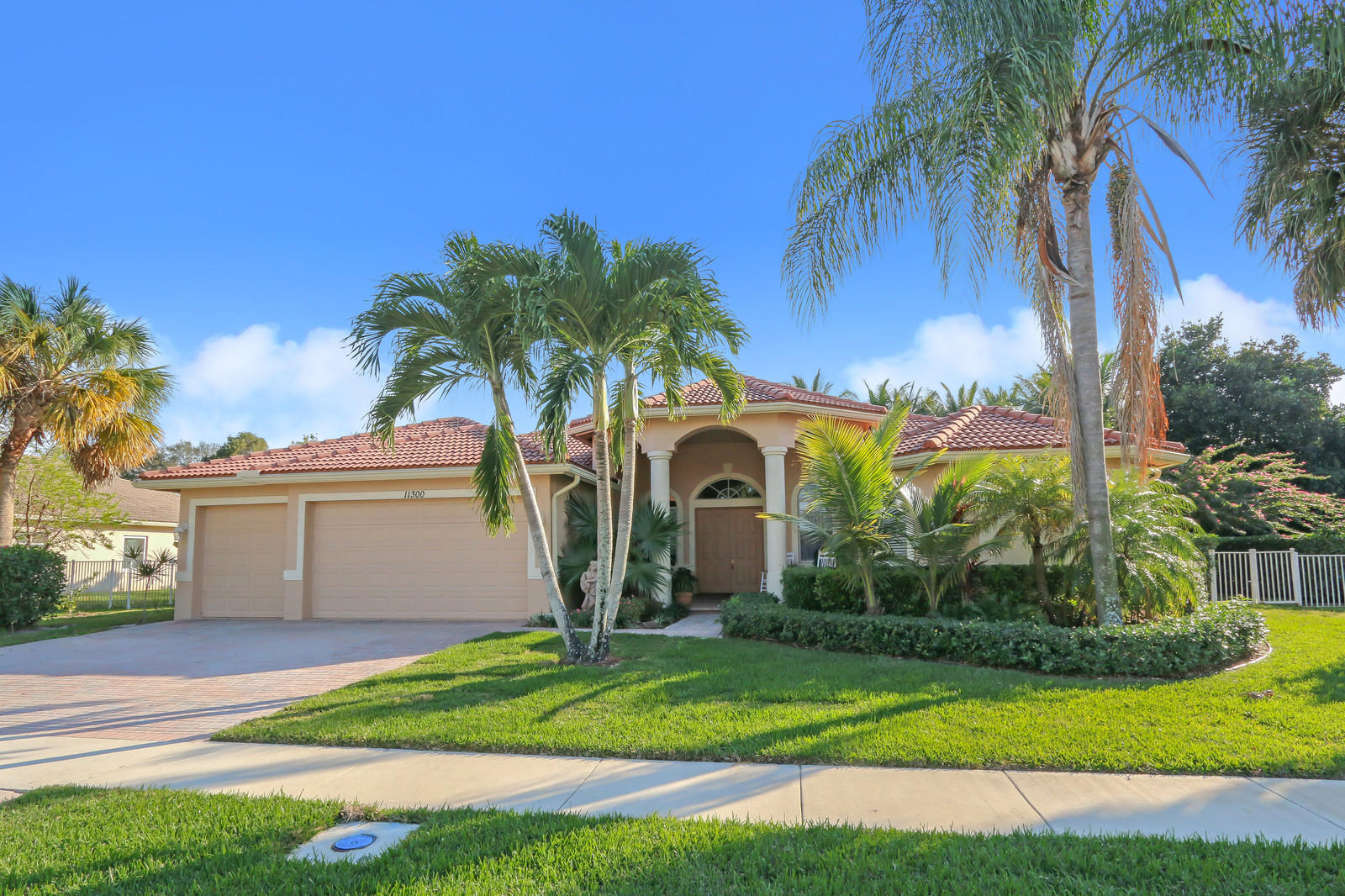 11300 Mainsail Court, Wellington, FL 33449